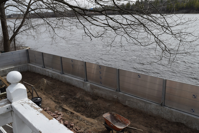 Flood Wall Gatineau